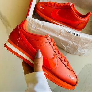 NWT Nike Classic Cortez premium sneakers